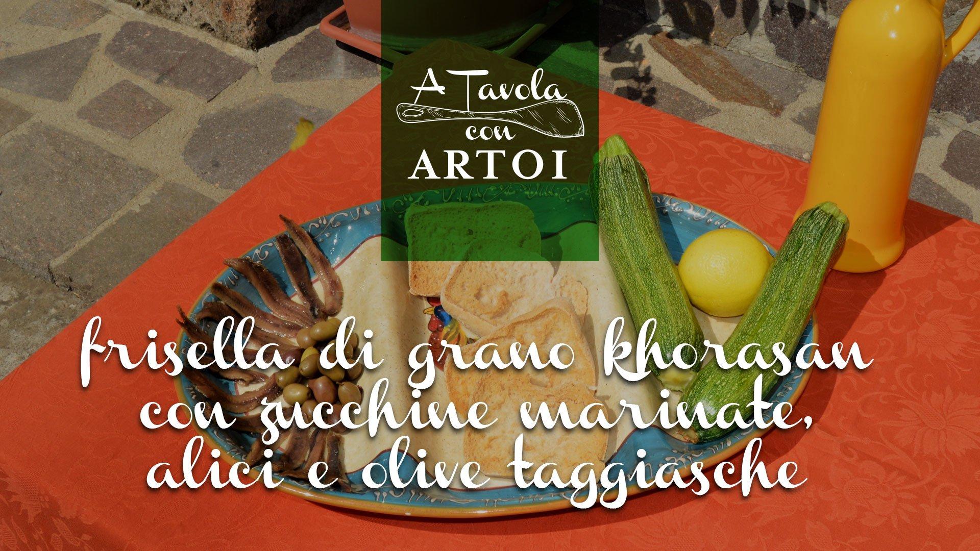 Frisella di grano khorasan con zucchine marinate e olive taggiasche